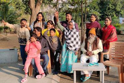 hemant-soren-family