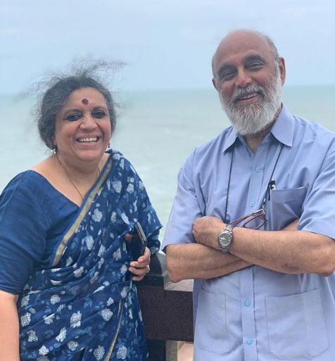 swara-bhaskar-mother-father