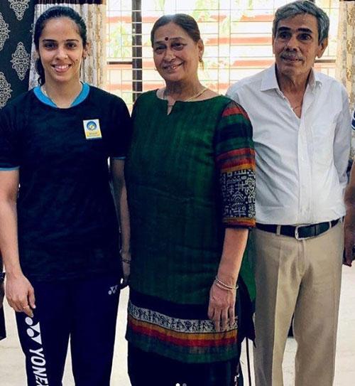 saina-nehwal-parents
