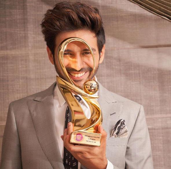 kartik-aaryan-awards