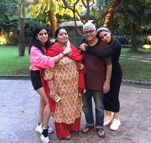 shraddha-arya-family